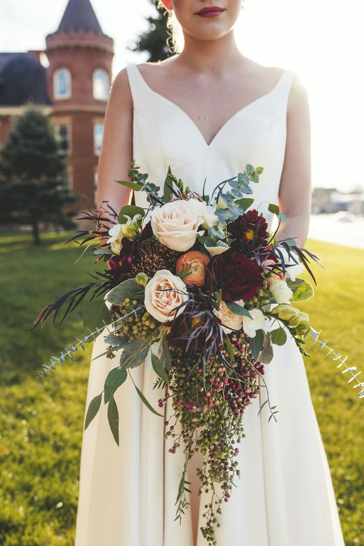 gorgeous fall cascading wedding bouquet