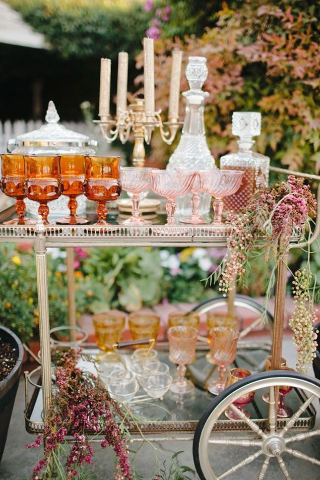 refined vintage wedding bar table ideas