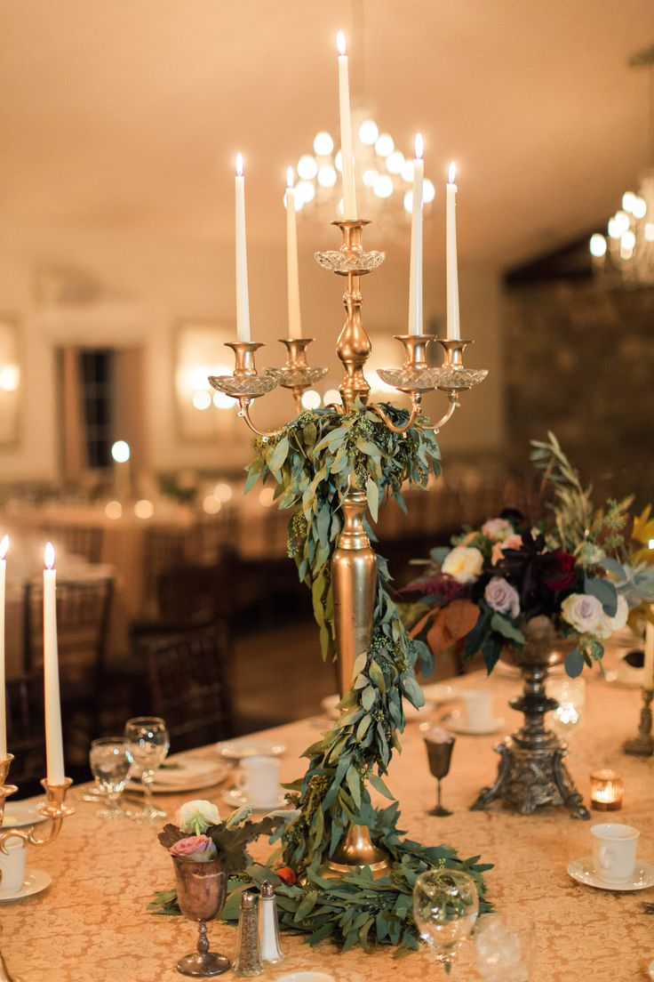 romantic candlelit vintage wedding centerpieces ideas