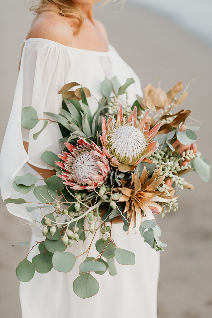 tropical fall wedding bridal bouquets