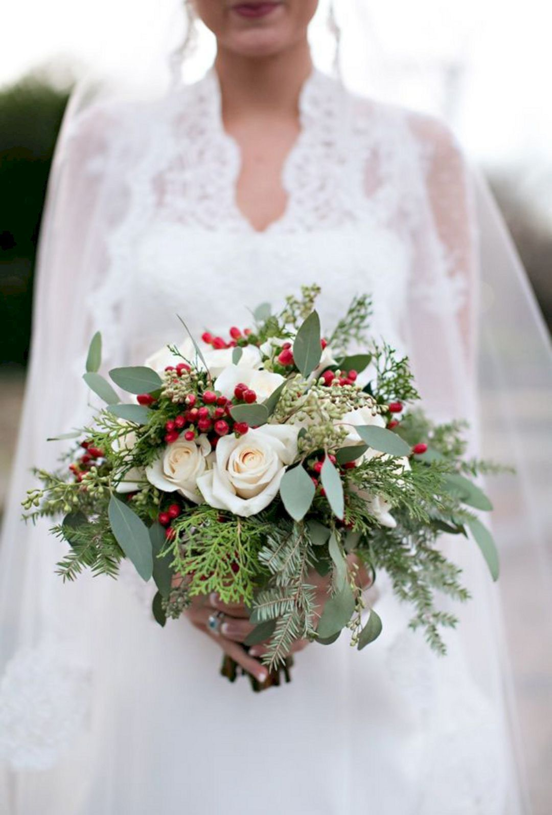 Beautiful bridal Bouquets for your winter wedding