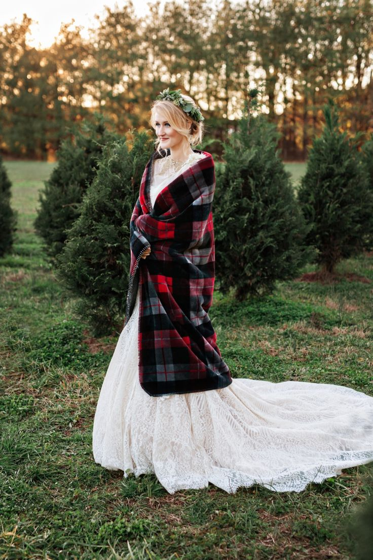 beautiful bridal look in flannel blanket and evergreen crown