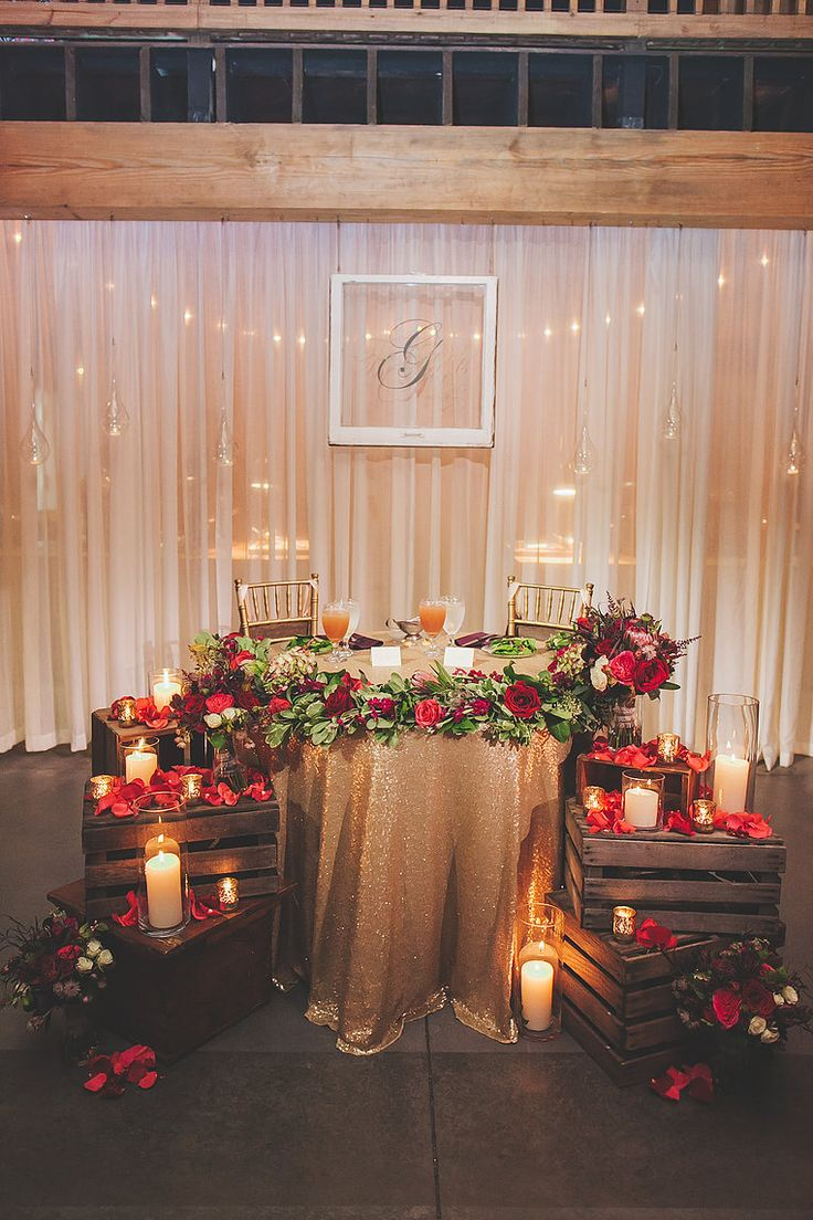 glitter gold and burgundy luxurious winter festival wedding decoration ideas