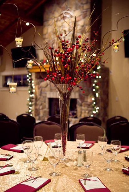 romantic lighted tall christmas wedding centerpiece with twigs