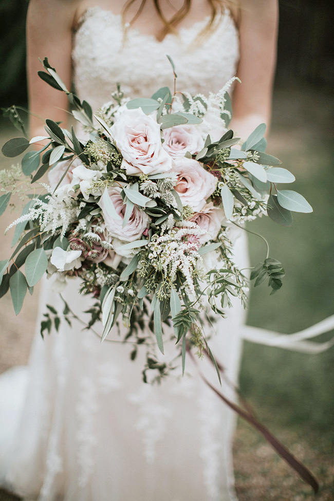 blush and sage green color organic wedding bouquets ideas