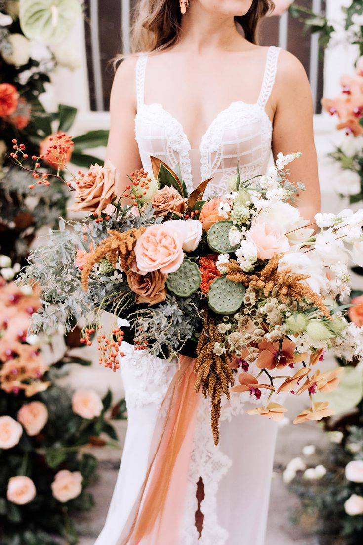 creative dusty red orange bridal bouquets ideas