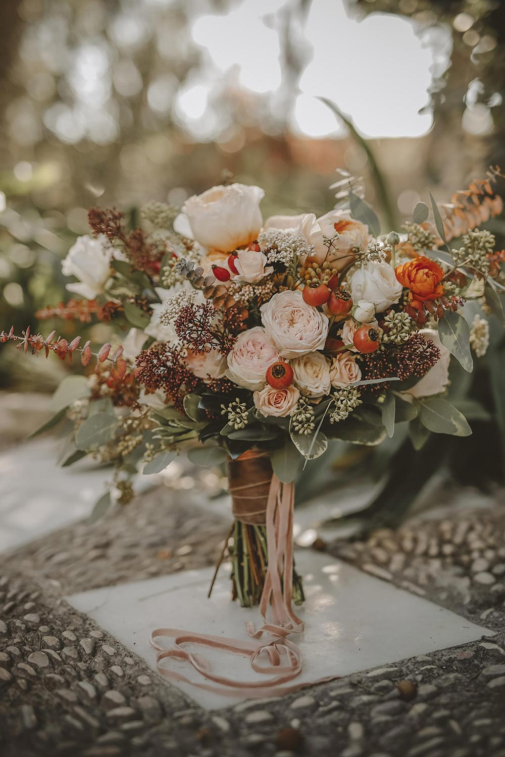 romantic rustic dusty orange and blush bridal bouquets ideas
