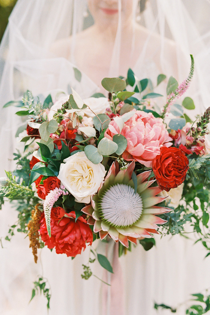 gorgeous red and blush spring and summer wedding bouquets ideas