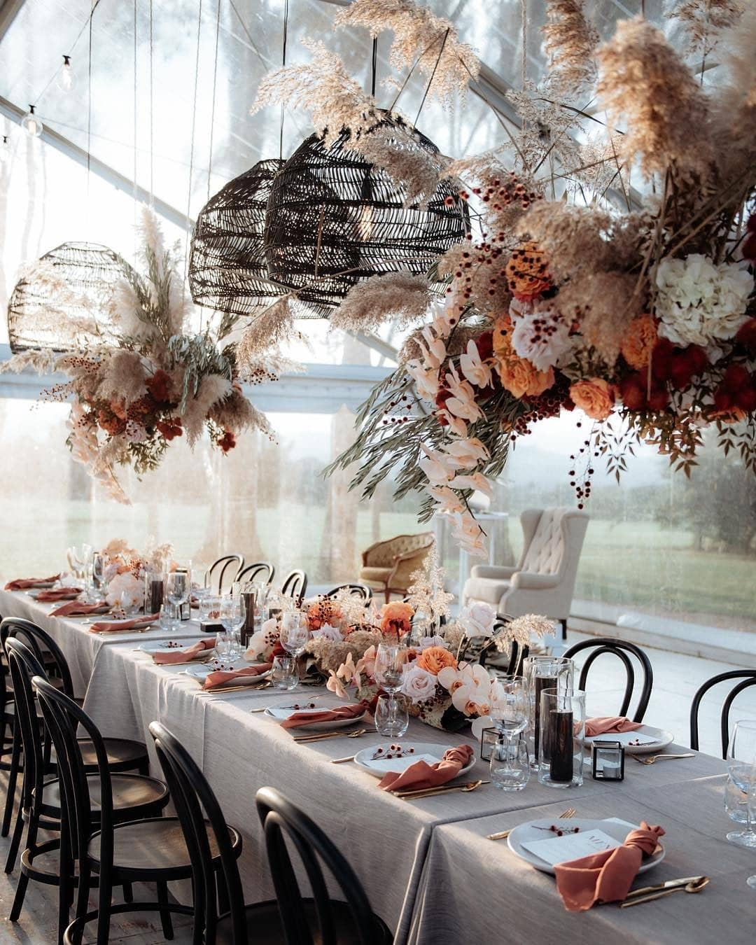 unique red orange flowers and pampas grass wedding reception ideas
