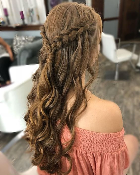 gorgeous prom hairstyles ideas for half up half dowm