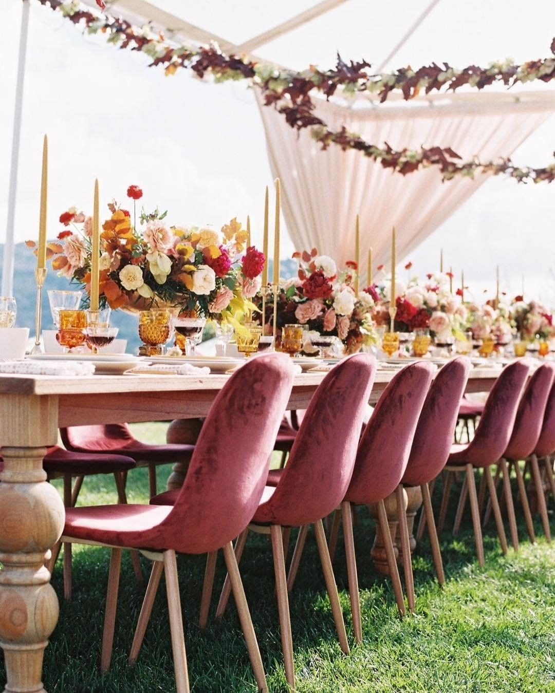 cinnamon rose wedding color trends for 2020 brides to inspire