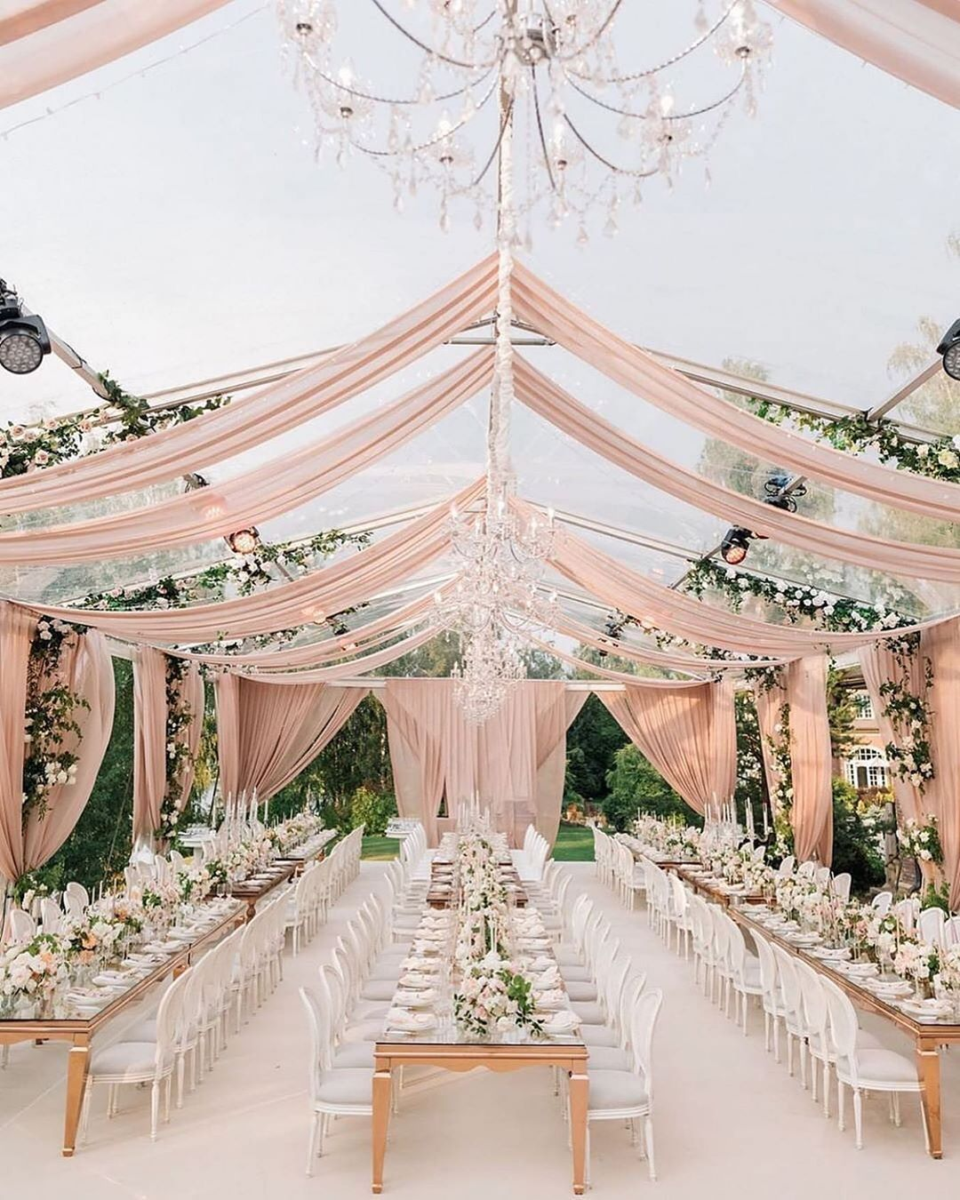 dreamy blush garden wedding decoration ideas