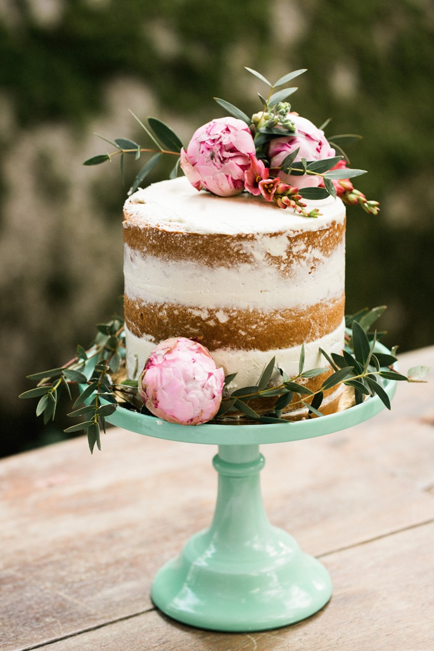 chic rustic pink and brown wedding cake ideas
