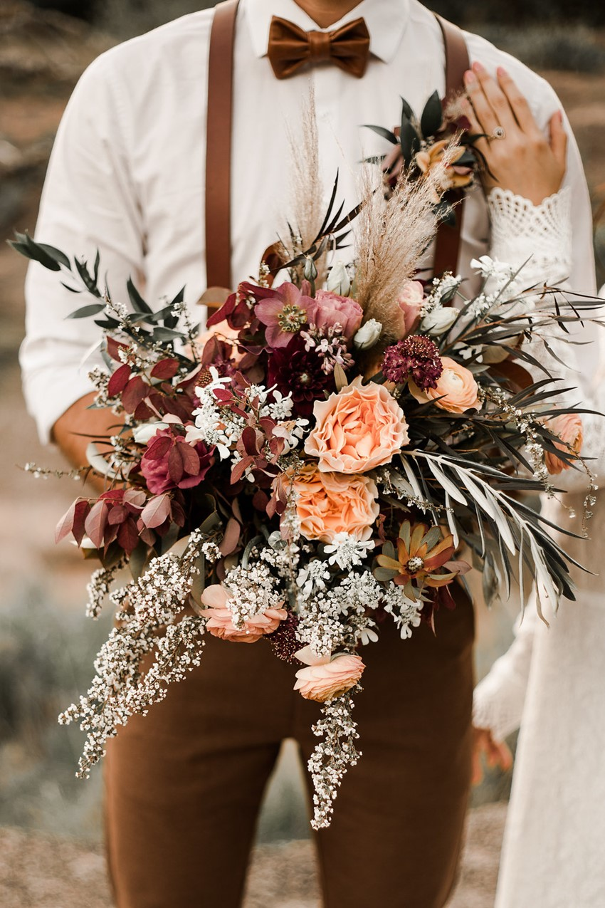 fall desert elopement wedding ideas for bouquet decor