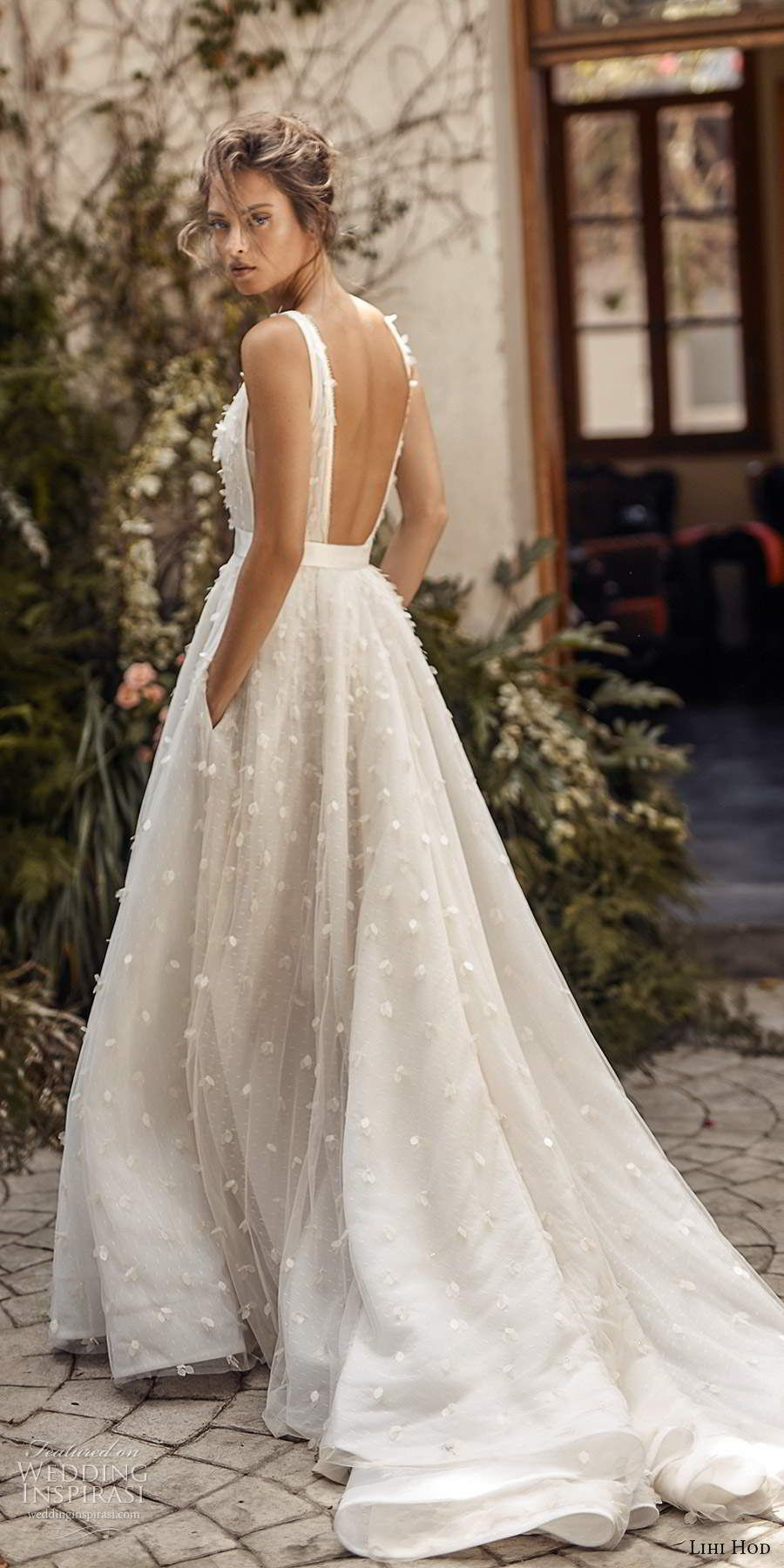 romantic 3d white blossom low back wedding dress with pockets from Lihi Hod Fall 2020