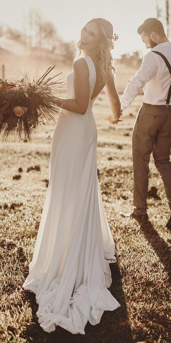 simple casual low back wedding dresses ideas
