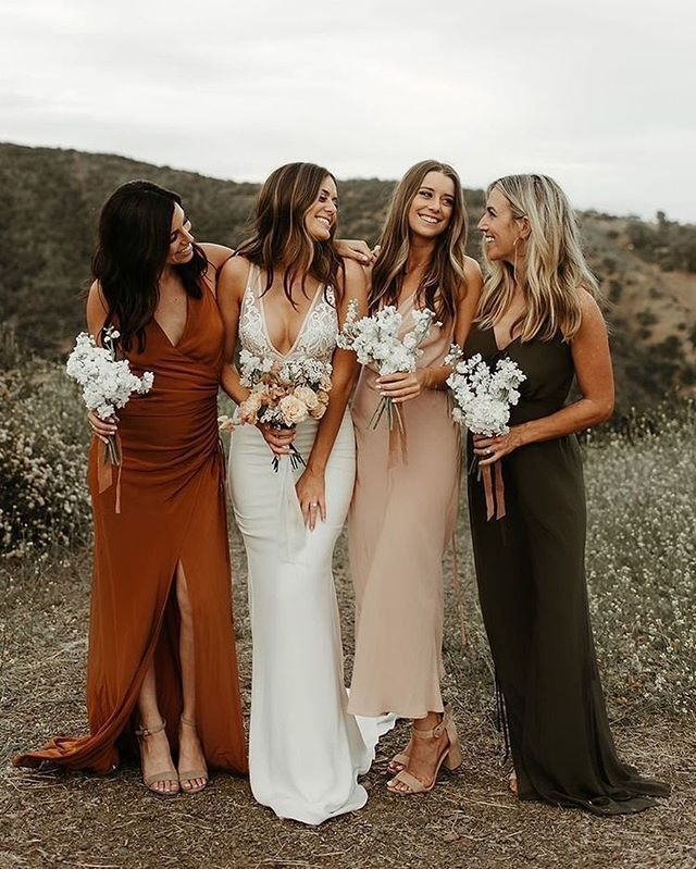 Mix bridesmaids dresses in white burgundy rust and offwhite perfect for fall wedding theme