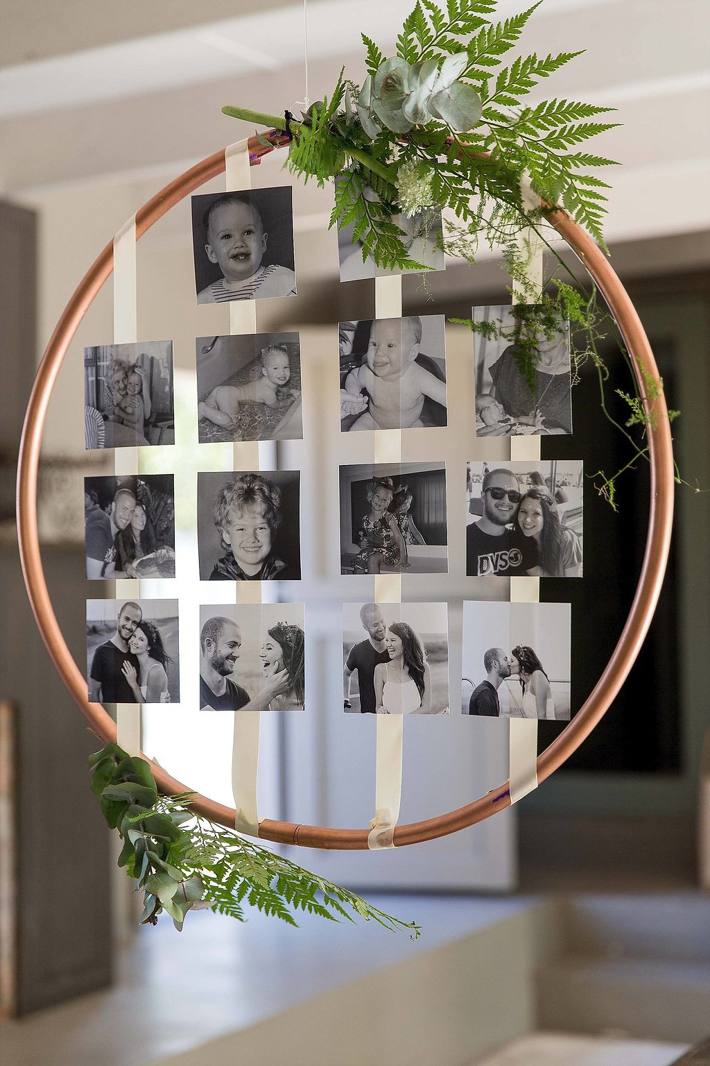 creative wedding photo hoop display ideas