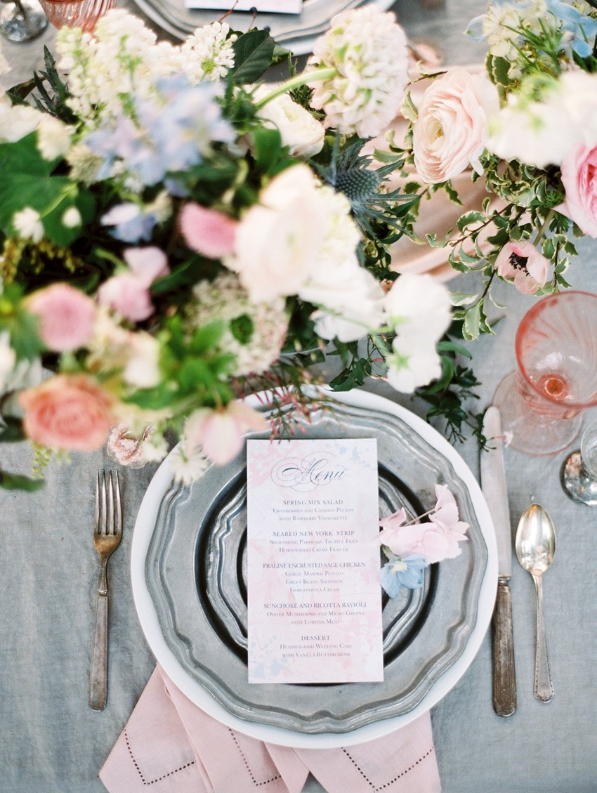 dusty blue and blush wedding table setting and menu card ideas