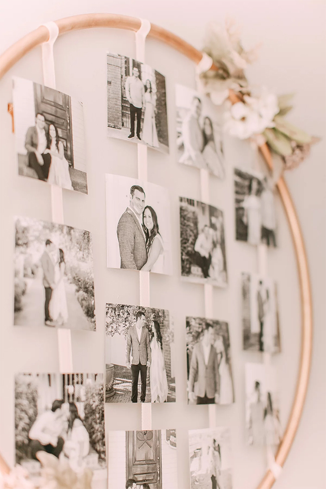 wedding photo display ideas with hoop