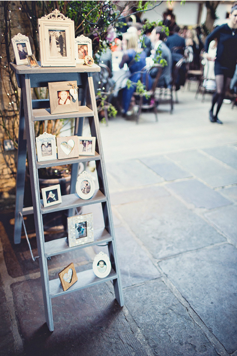 wedding photo display ideas with ladder