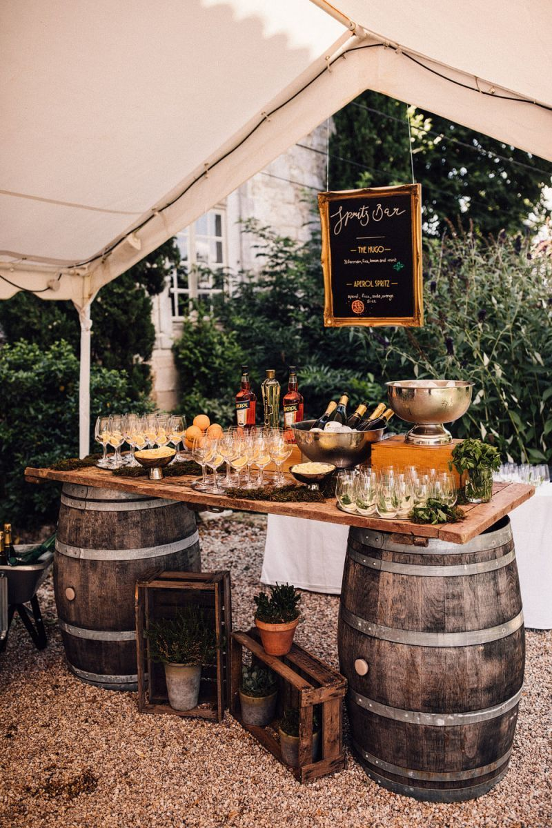 fun and creative wedding bar ideas with wooden barrels