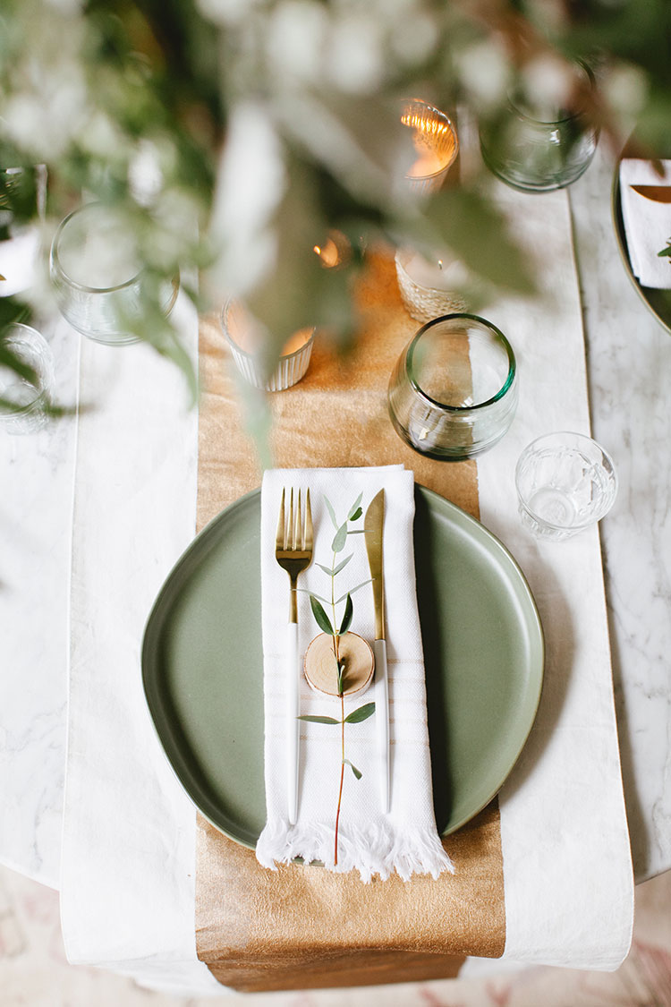 sage green and terracotta wedding place setting ideas