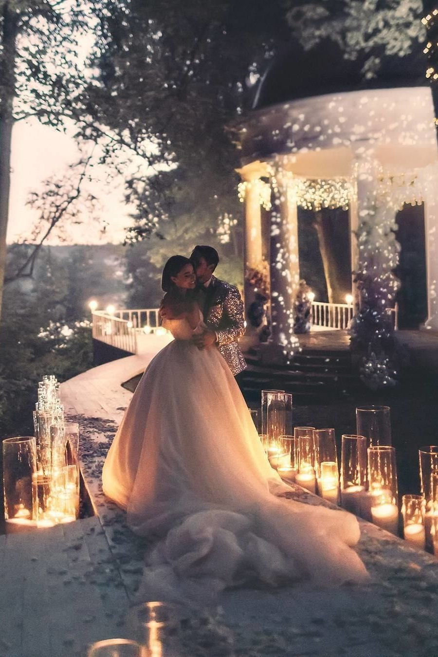 magical wedding photo ideas with lights in night