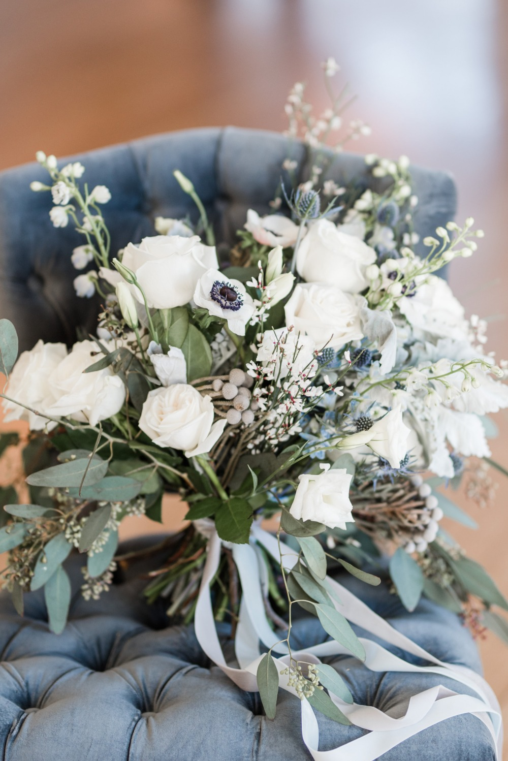 simple blue and white wedding bouquets