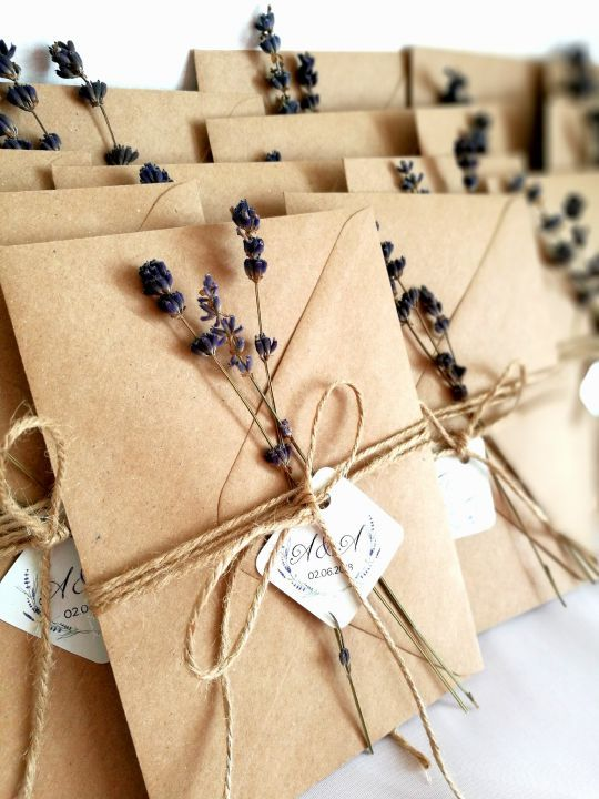 super stylished rustic wedding invitation ideas with kraft outer envelop