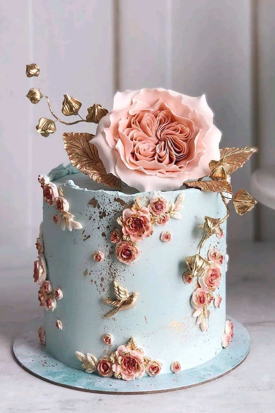 bkue and metallic gold ball work of art for wedding cake inspiration ideas