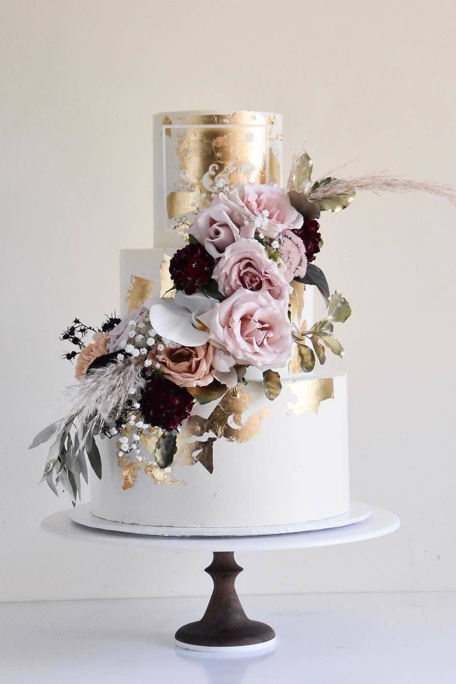 floral and metallic white chic rust wedding cake for autumn wedding ideas