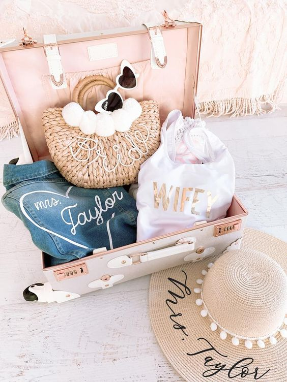 lovely gift idea for a bridal shower or engagement party with straw purses