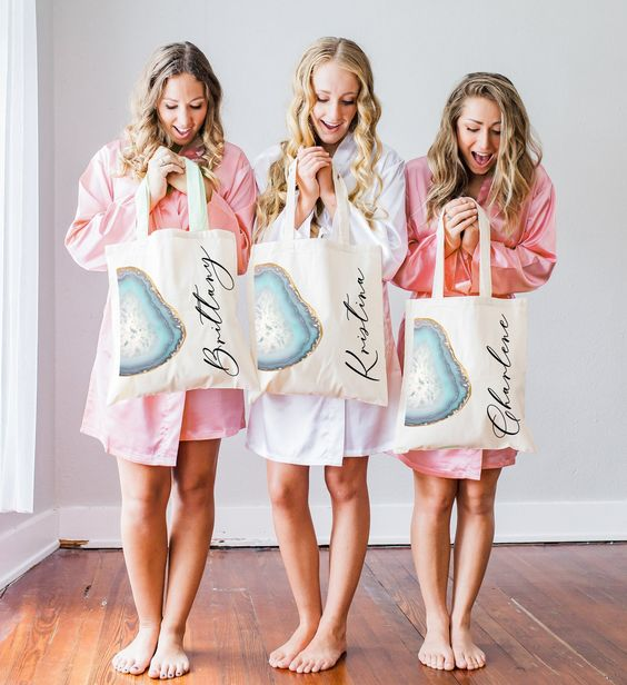 trending bridesmaid tote bags for bridal shower gift ideas