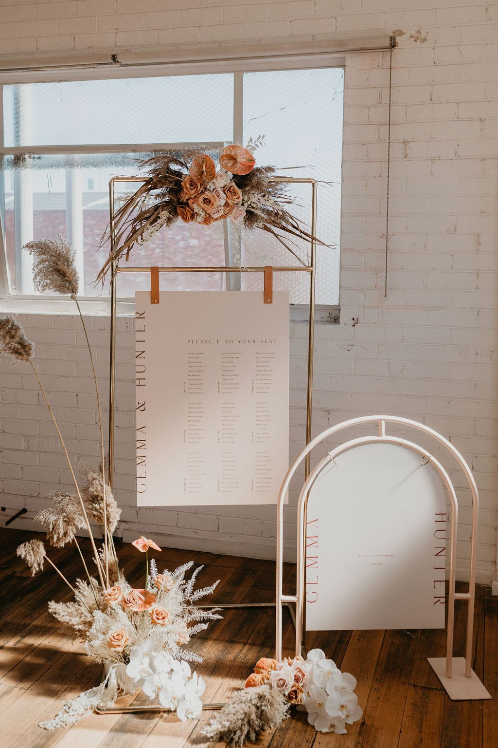 trendy contemporary wedding signature board ideas with dried flowers and metallics