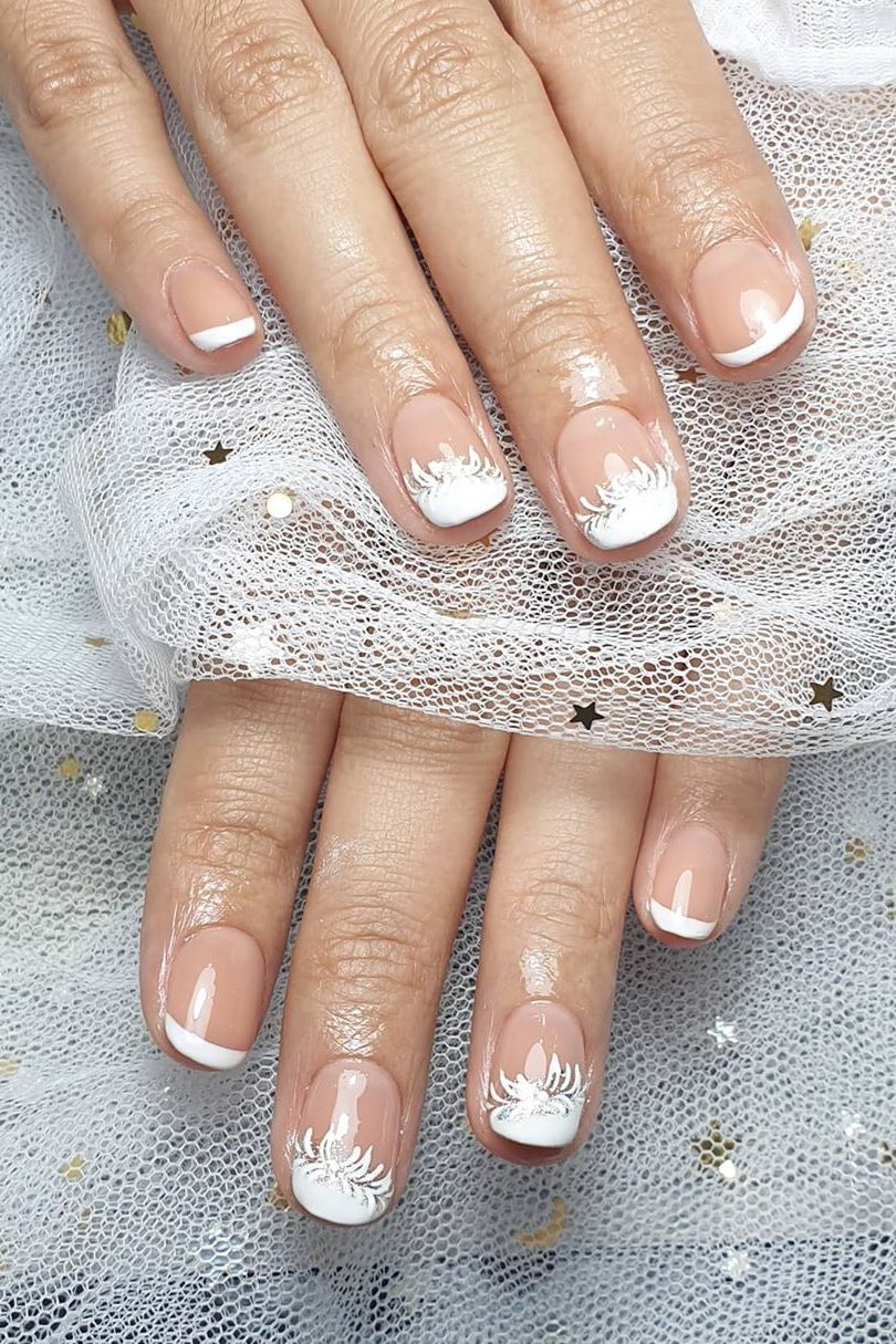 classy simple and amazing white wedding nail designs with stunning art