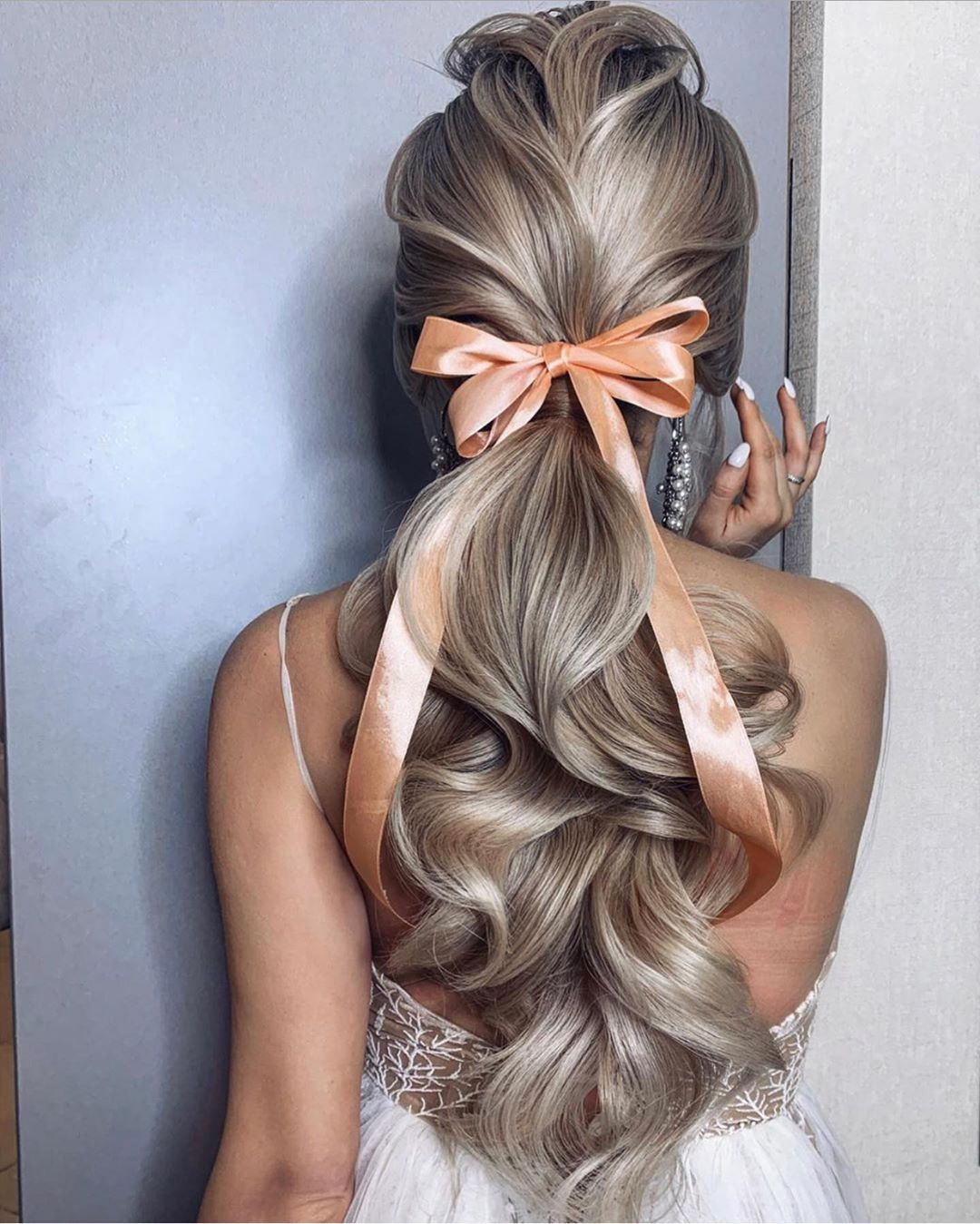 elegant wedding ponytail hairstyles with lovely bow