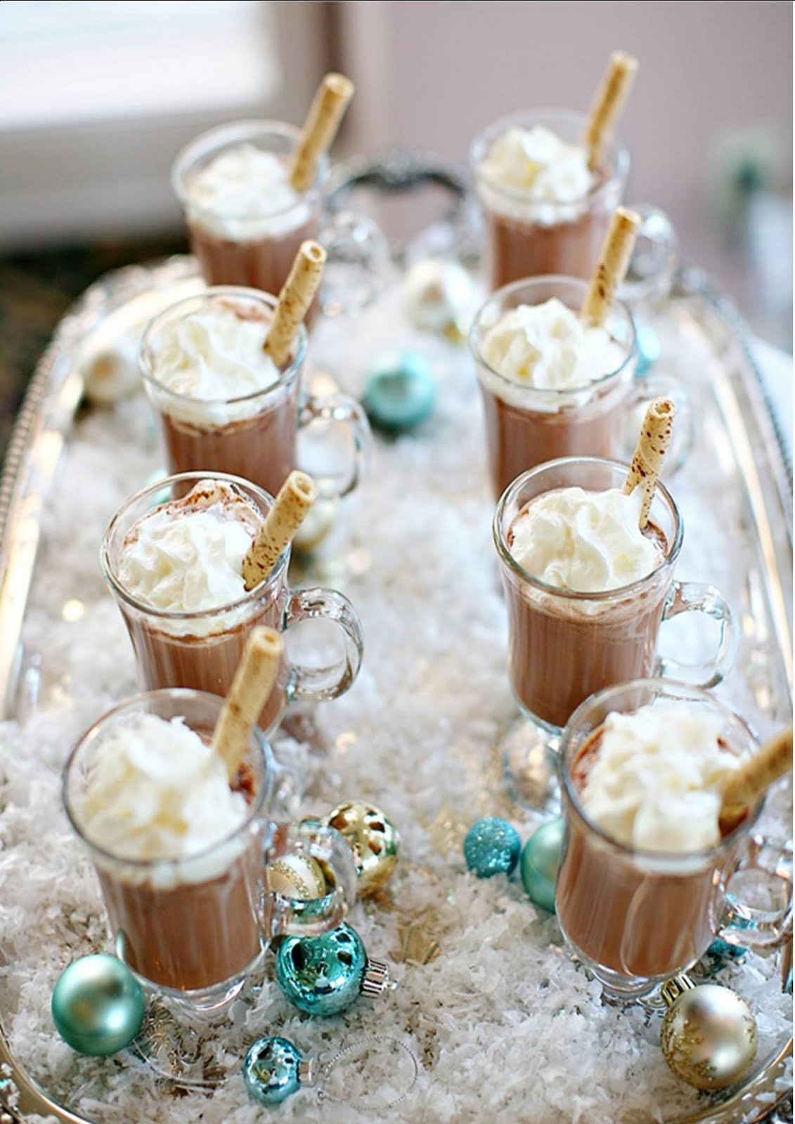 hot chocolate wedding drink with icy design for winter theme