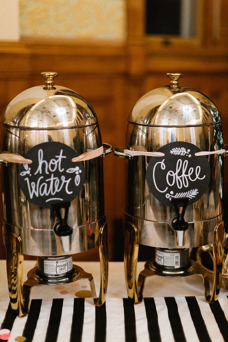 hot winter wedding drink bar ideas