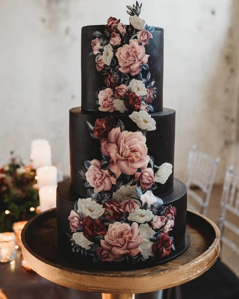 moody vintage cinnamon rose and black wedding cake