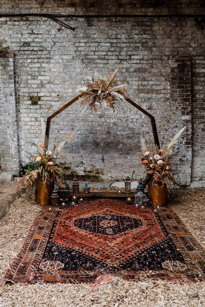 simple but chic hexagon wedding arch boho fall wedding arbors
