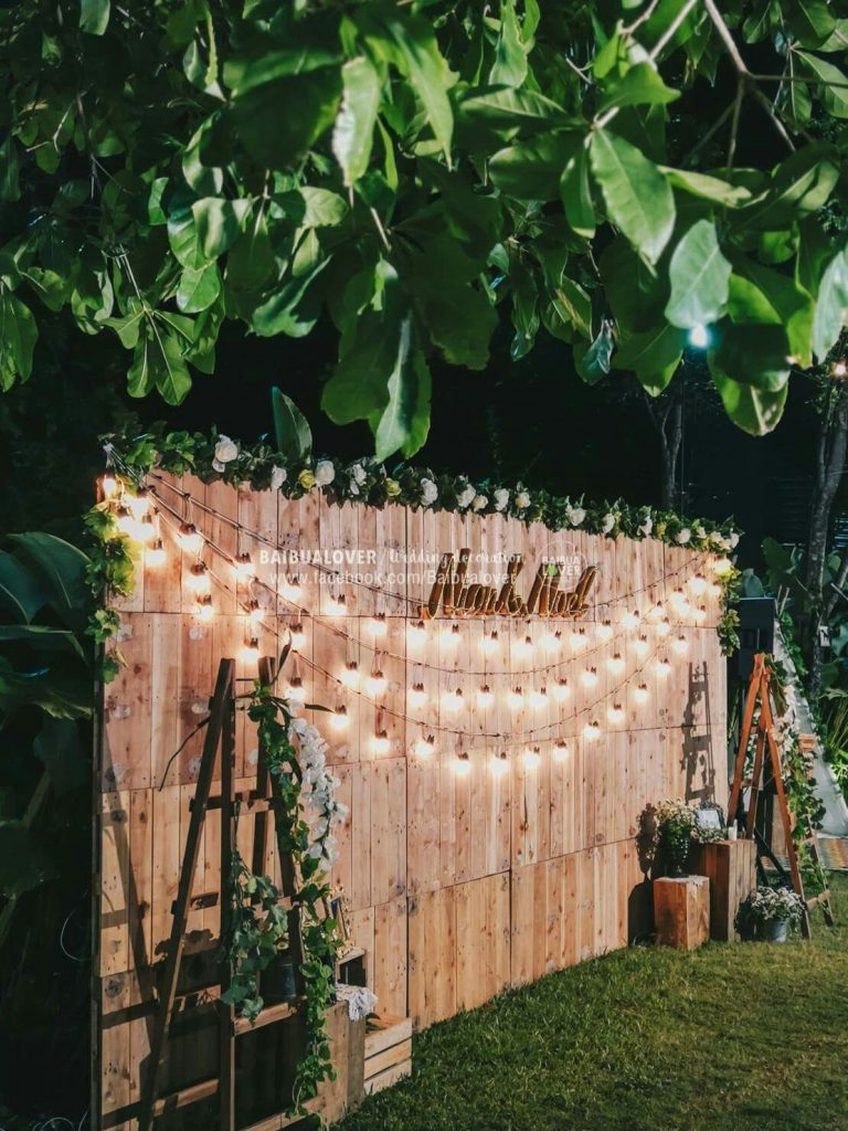 diy giant wood board rustic wedding backdrop with string lights