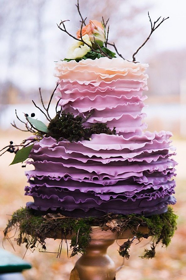 ombre blush and purple wedidng cake ideas for rustic wedding