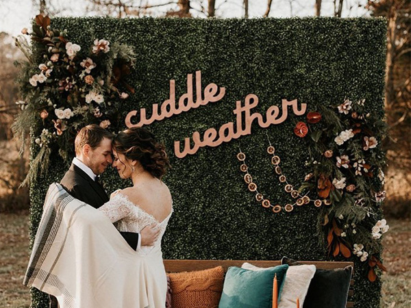the newest trends of wedding arches