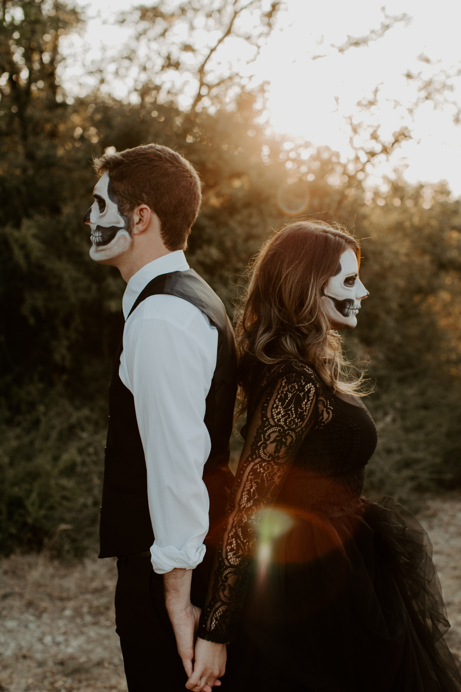 unique and scary black and white bride and groom halloween wedding photo