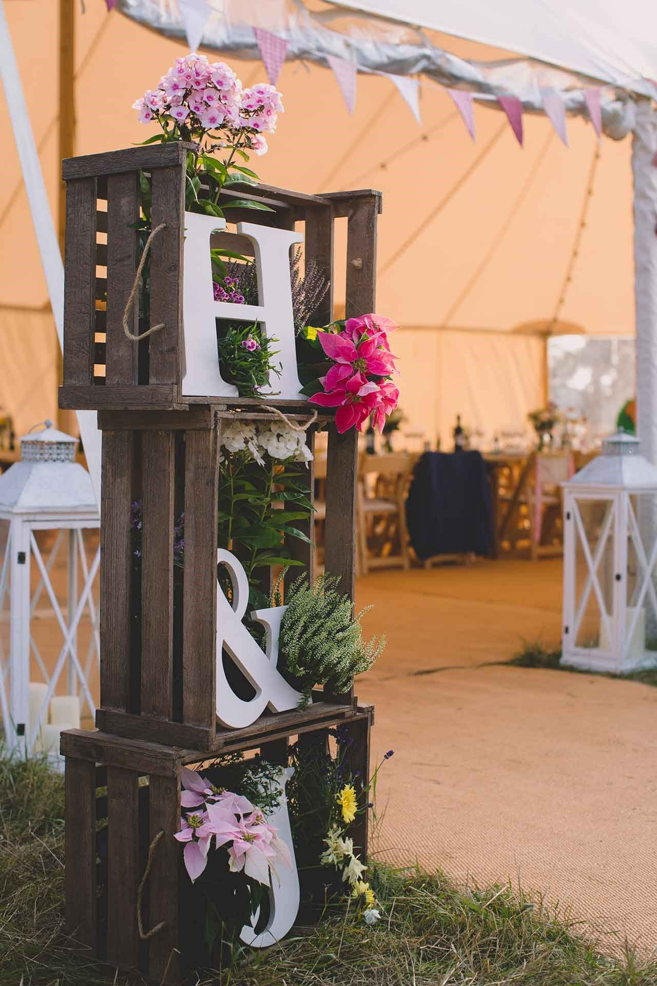 rustic wooden crate wedding decoration