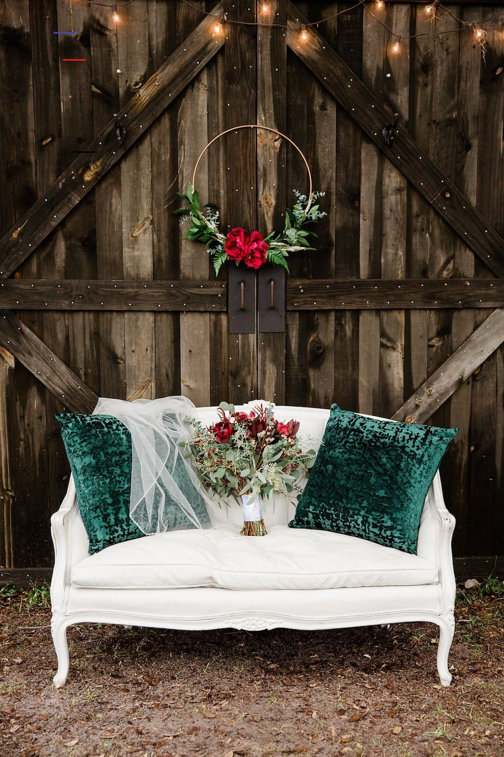 vintage meet rustic red and green chritsmas wedding decor