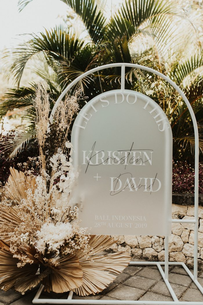 unique arch shape frosted acrylic wedding welcome sign