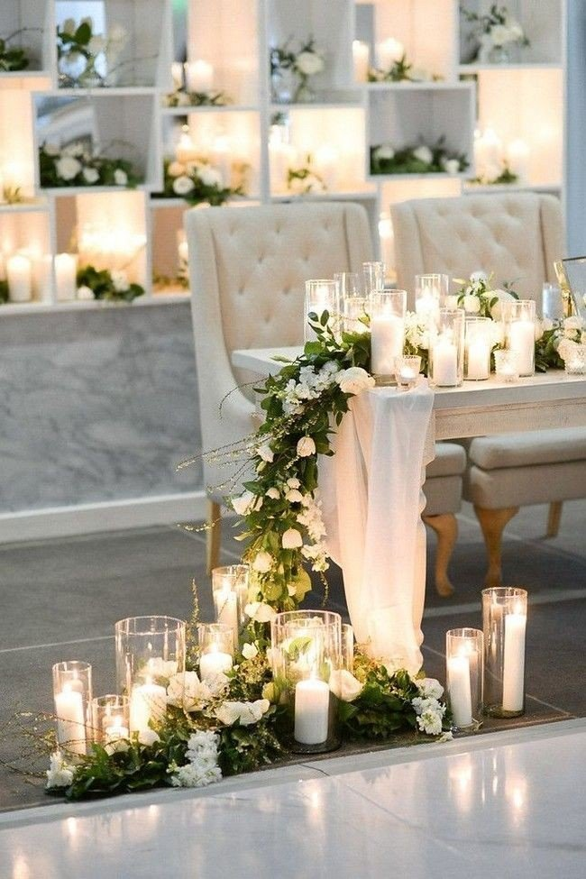 acrylic and lucite candle lights wedding decoration