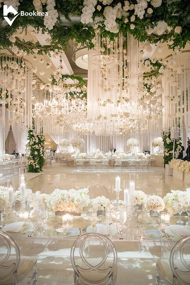 deluxe white banquet hall wedding reception decoration